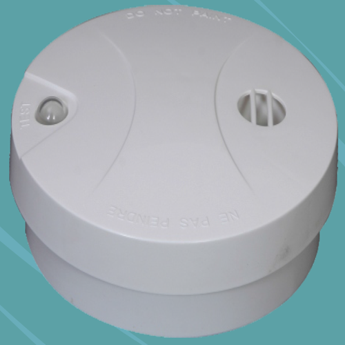 Stand alone type optical smoke detector with base Inbuild 9V battery